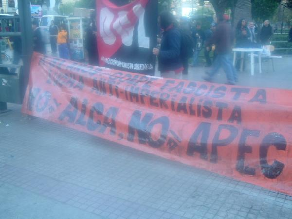 na al ALCA, no APEC...