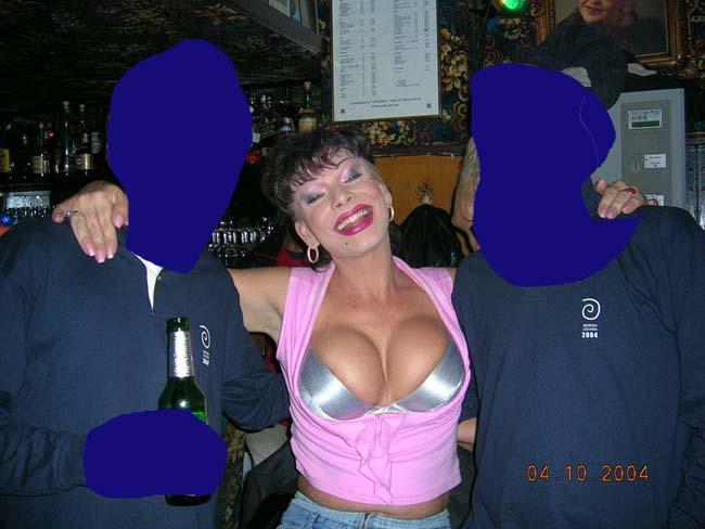 http://valparaiso.indymedia.org/uploads/2006/11/el_travesti_jorge_barja_violador_de_tortuguitas_maricas.jpg